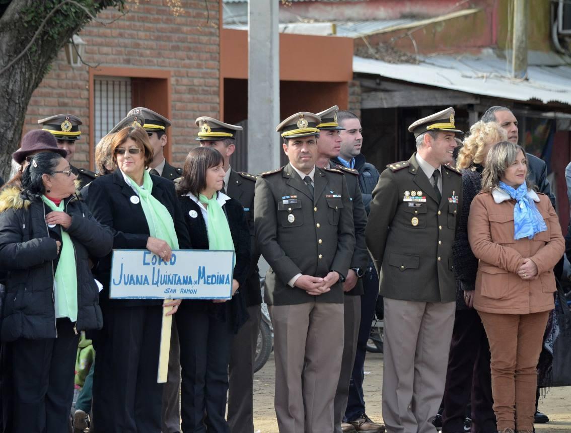Alcaldesa de San Ramón Dra. Beatriz Lamas y Oficiales del Reg.Cab.Nº 6