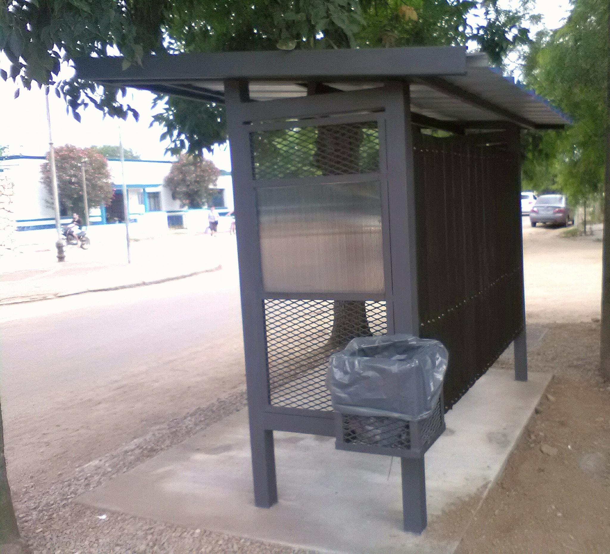 REFUGIOS EN PARADAS DE OMNIBUS