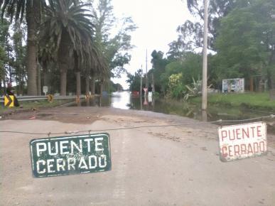 PUENTE CARRETERO TAPADO EN SAN RAMON