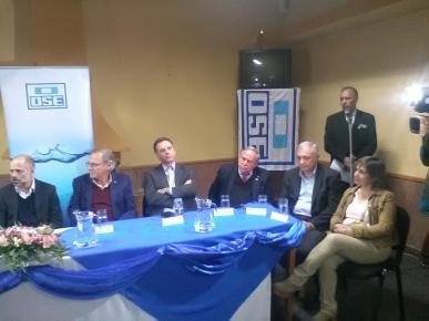 Acto de firma de Contratos para obras de saneamiento en San Ramón